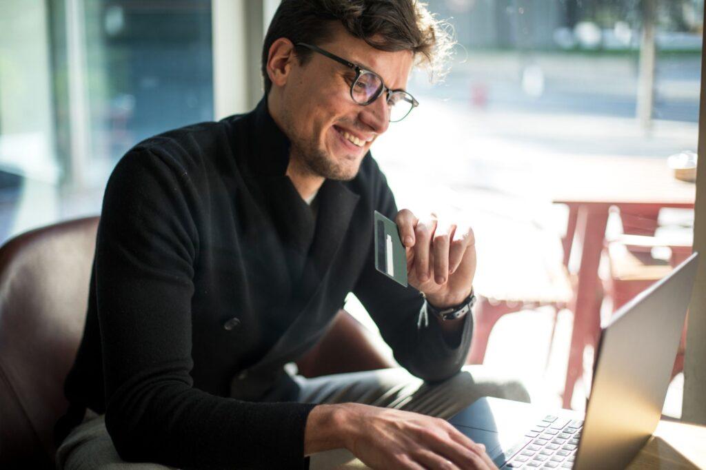 Self Booking em sua empresa - Argo Solutions - Simplifying your journey