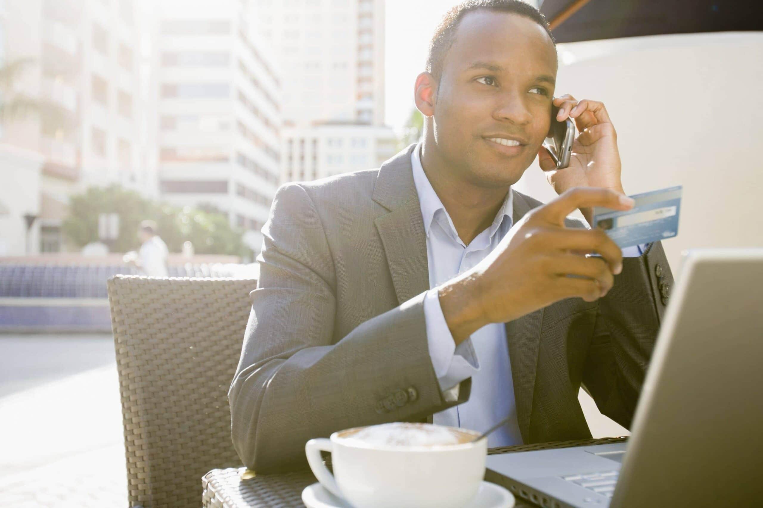 Cartão de crédito corporativo: quais são as vantagens de adotá-lo?