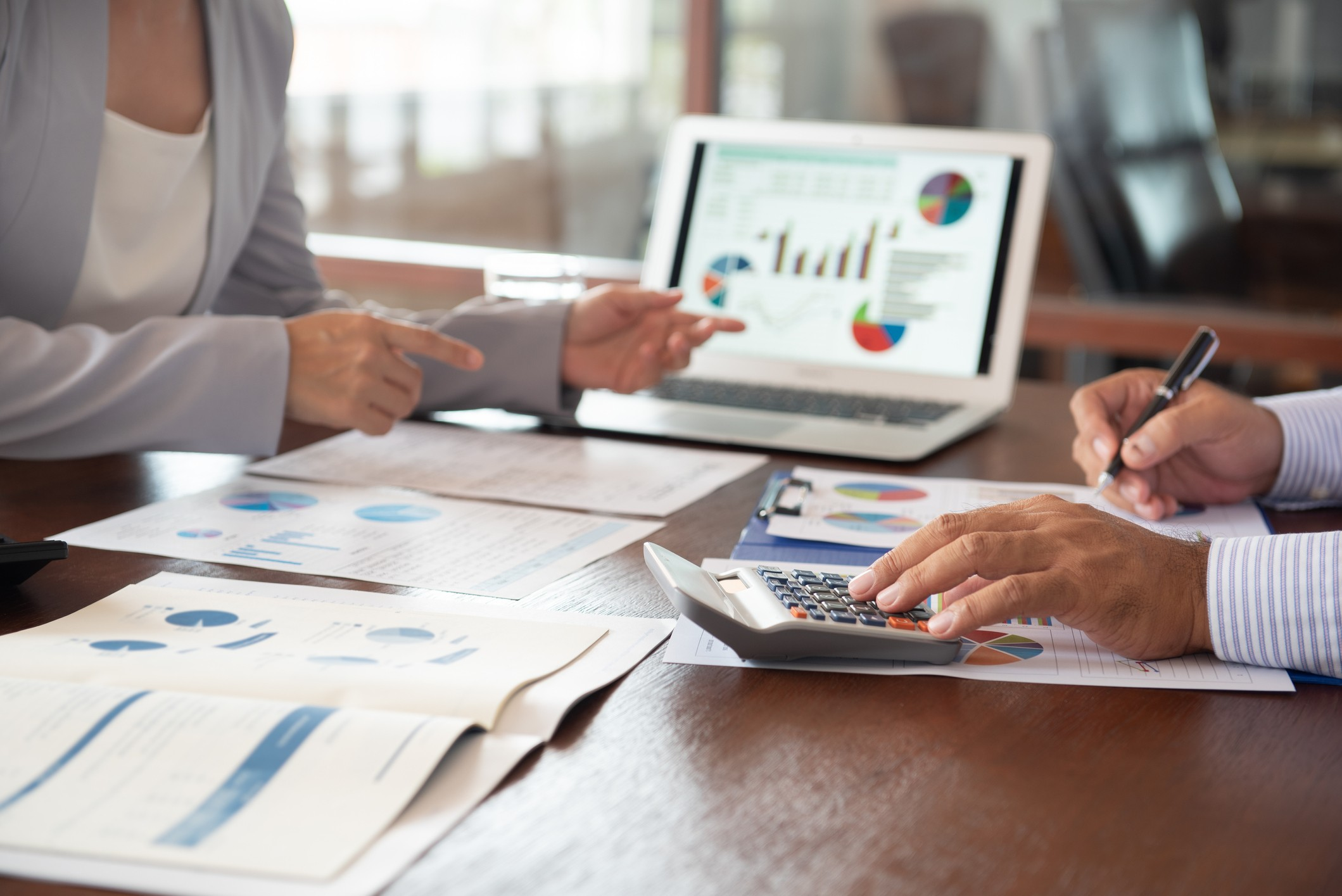 4 dicas de como fazer o controle de budget empresarial